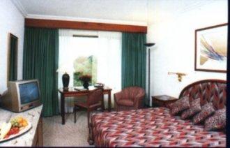 hilton_room